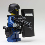LAPD SWAT Officer - Shieldman w/ MP5