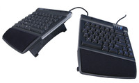 Freestyle2 Keyboard with VIP3 Accessory (Tenting with Palm Supports)