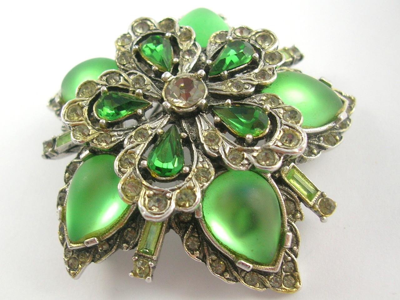 50a81385da963 Vintage Arcansas Australian Green Rhinestone Brooch Pendant by Elizabeth  Reimer