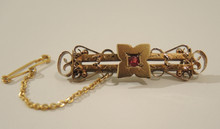 Antique Australian Robert Robertson & Sons 15ct Gold  & Red Stone Brooch