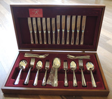 Vintage Australian Rodd Nemesia Silver Plate Cutlery Set for 6 in Canteen