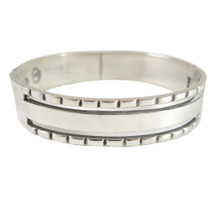 Vintage Taxco Mexican Sterling Silver Hinged Cuff Bangle Bracelet