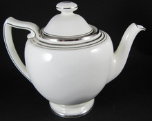 Art Deco Royal Doulton Royalty teapot c1940
