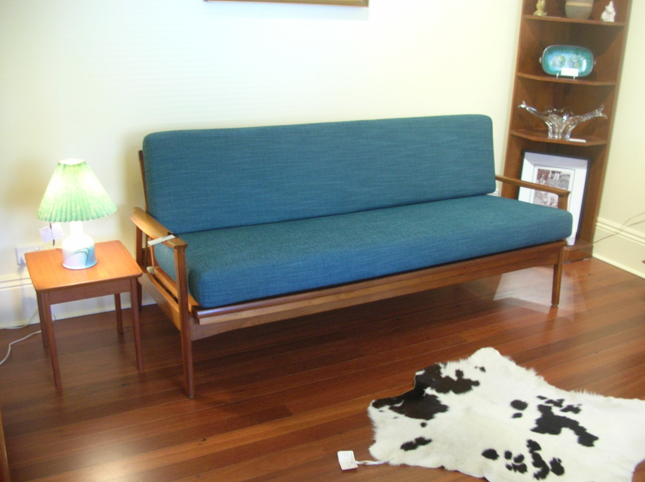 Image of: Vintage Mid Century Eldon Blackwood Day Bed In Store At Emprades