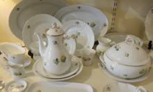 1940's Vintage Danish Bing & Grondahl Buttercup Eranthus 8 person dinner set