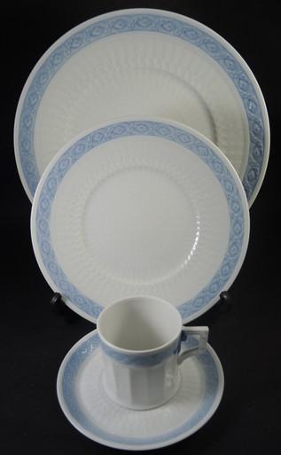 Vintage 6 Person Royal Copenhagen Blue Fan Dinner Set