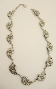 Vintage Sterling Silver Danecraft Dogwood Flower necklace