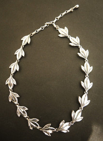 Vintage Sterling Silver Danecraft Tri Leaf Necklace