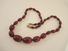 Vintage Cherry Amber Bakelite Necklace graduated beads