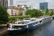 Avalon Panorama In Frankfurt