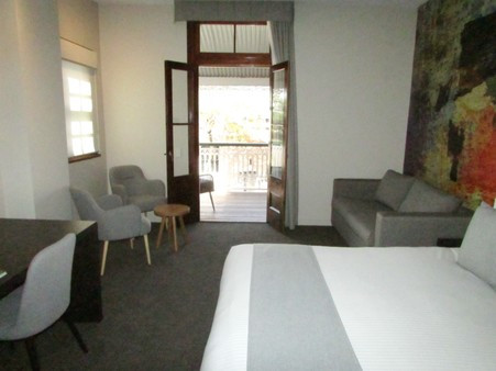 Mantra Richmont Room Interior