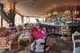 Hippopotamus Bar & Grill