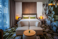 Deluxe Room Photo: Jennifer Johnston and Crowne Plaza Changi Airport