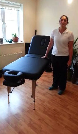 aluminium-massage-table-with-lifting-backrest.jpg