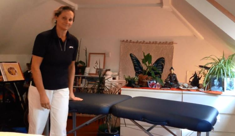 craniosacral-therapy-massage-table.jpg