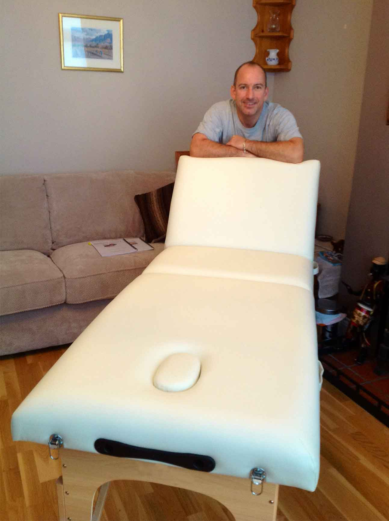 cream-wooden-portable-massage-table.jpg