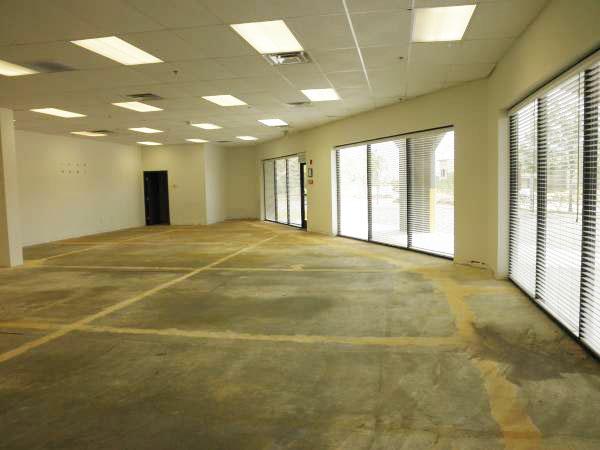 new-massage-world-premises-7-showroom.jpg