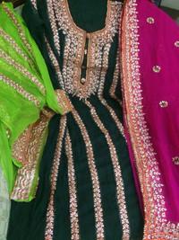Online Clothing Store For Famous Bahawalpur's Handmade Dresses