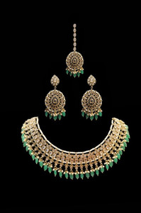 Pakistani Designer Jewelry Set 040