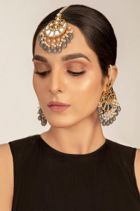Pakistani Designer Jewelry Tikka Set