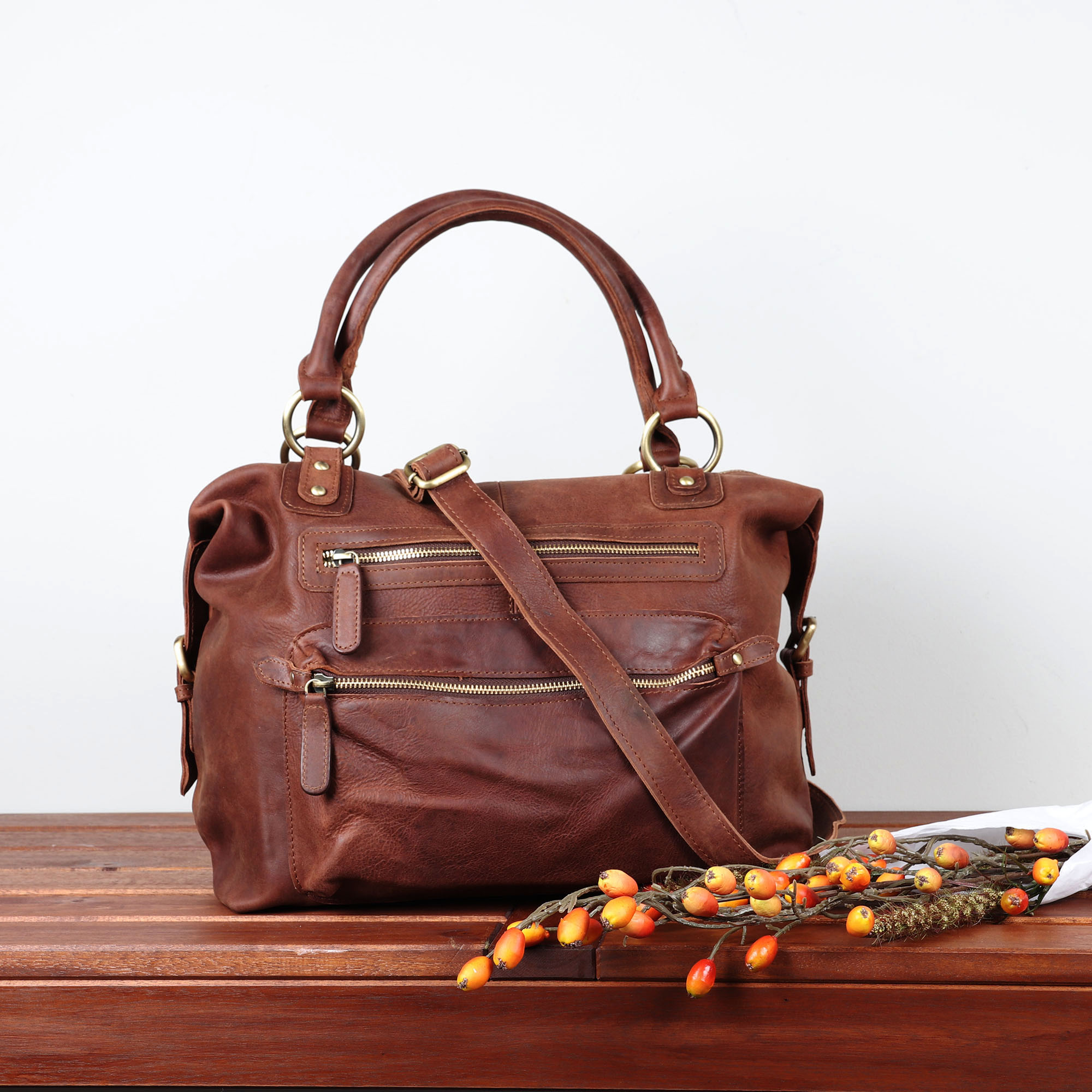 Handmade Leather Bags for Women   The Leather Store 513be2782de5d