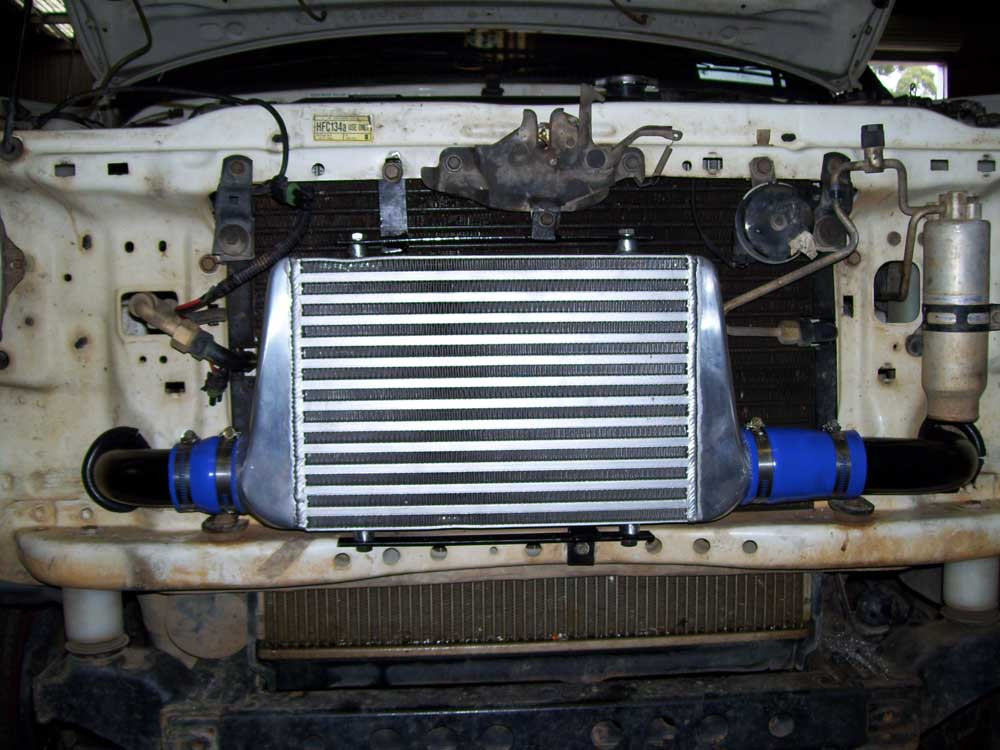 5LE Toyota Hilux - Turbo kit fitted