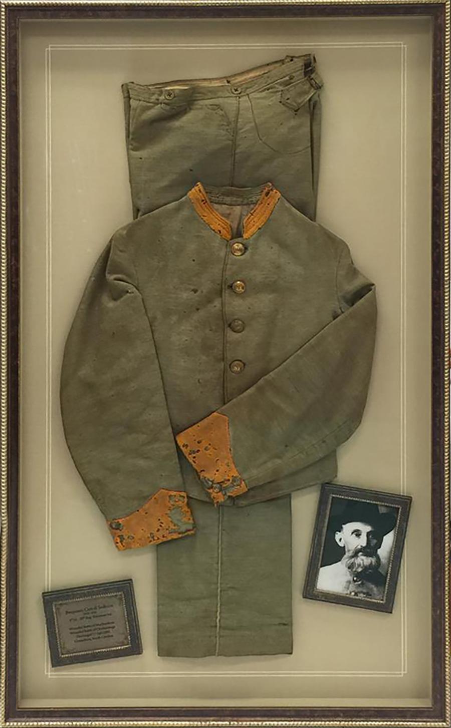 civil-war-uniformr.jpg