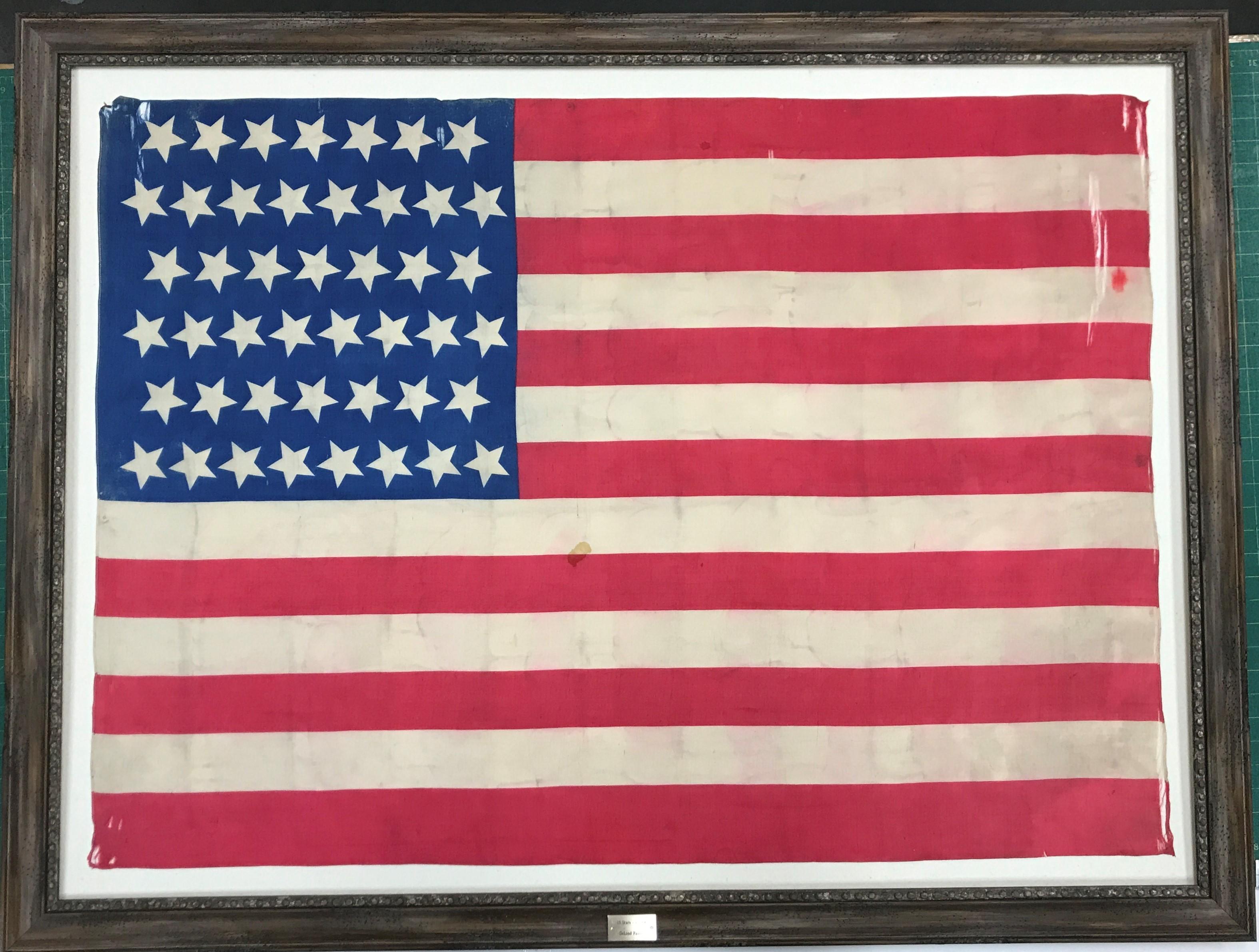old-flag.jpg