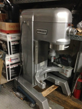 HOBART REFURBISHED 60 QT MIXER Model H600