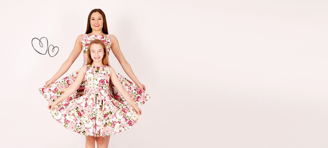 >Stand out from the crowd with our stunning matching womens & girls vintage dresses! What are you waiting for? Get twinning!