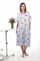 Gorgeous Hospital Gowns provide you with a plus size maternity clothing option - these cute hospital gowns come in multiple sizes. The Roses design includes all of the features that you need - full cover back, pockets, easy access for you and hospital staff.  These hospital gowns are also perfect for general use as a high quality pajama set, allowing easier dressing and access.