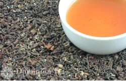 Golden Buddha Oolong Tea, Dry Leaf and Liquor