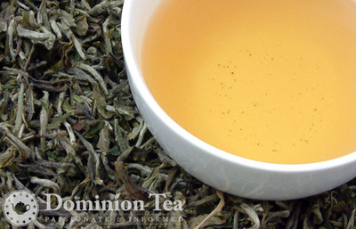 Himalayan White Tea Dry Leaf and Liquor