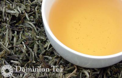Himalayan White Tea Dry Leaf and Liquor