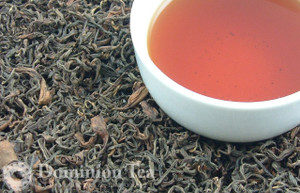 Ruby Oolong Tea Dry Leaf and Liquor