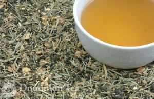 Ginger Biscuits Tea Dry Leaf and Liquor