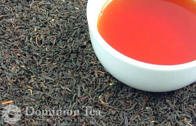 English Breakfast Organic Tea Dry Leaf and Liquor