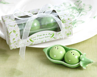 Unique Wedding Favors - Kate Aspen Two Peas in a Pod - Ceramic Salt & Pepper Shakers