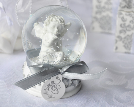 Wedding Gifts  - Artisano Designs Angel Kisses Cherub Snow Globe Favor. Wedding Favors to make your day special.