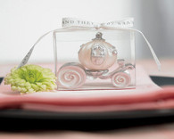 Wedding Favors Canada - Weddingstar Cinderella Wedding Carriage Candle. Candle Wedding Favors to make your day special.