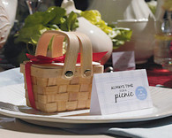 Wedding Favor Boxes - Weddingstar Miniature Woven Picnic Basket. Wedding Favor Containers to add the perfect finishing touch to your wedding.