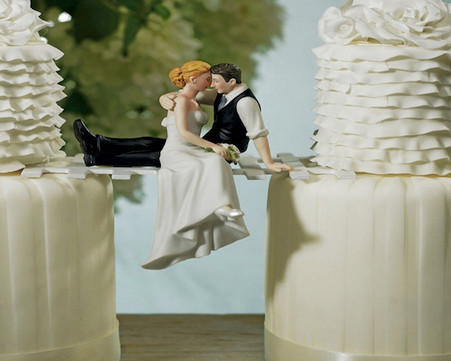 "Wedding Cake Toppers - Weddingstar ""The Look of Love"" Bride and Groom Couple Figurine"