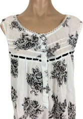 Black and White Romantic Floral Print Cotton Nightgown