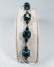 La Vie Parisienne Silver Sparking 7 Stone Cyrstal Bracelet in Teal