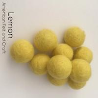 Lemon - Wool Felt Balls 2 cm