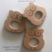 Organic Chubby Owl - beech-wood teether