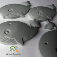 Whale Teething pendant -silicone