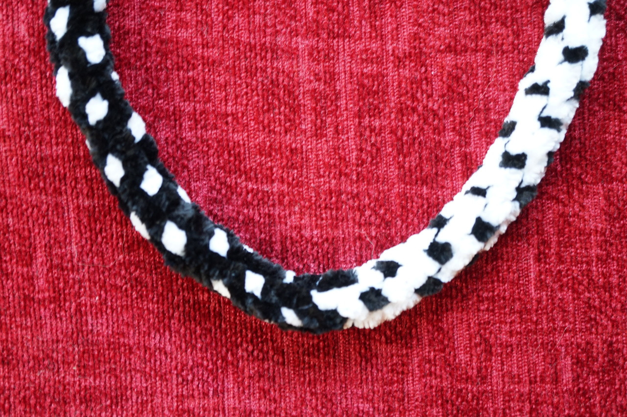 Chenille Yarn - Two-Tone Black/White - Sally Bead Jewelry