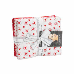 Holiday Essentials - Love Fat Quarter Bundle #20750AB Moda