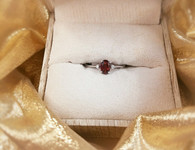 WHITE GOLD GARNET RING